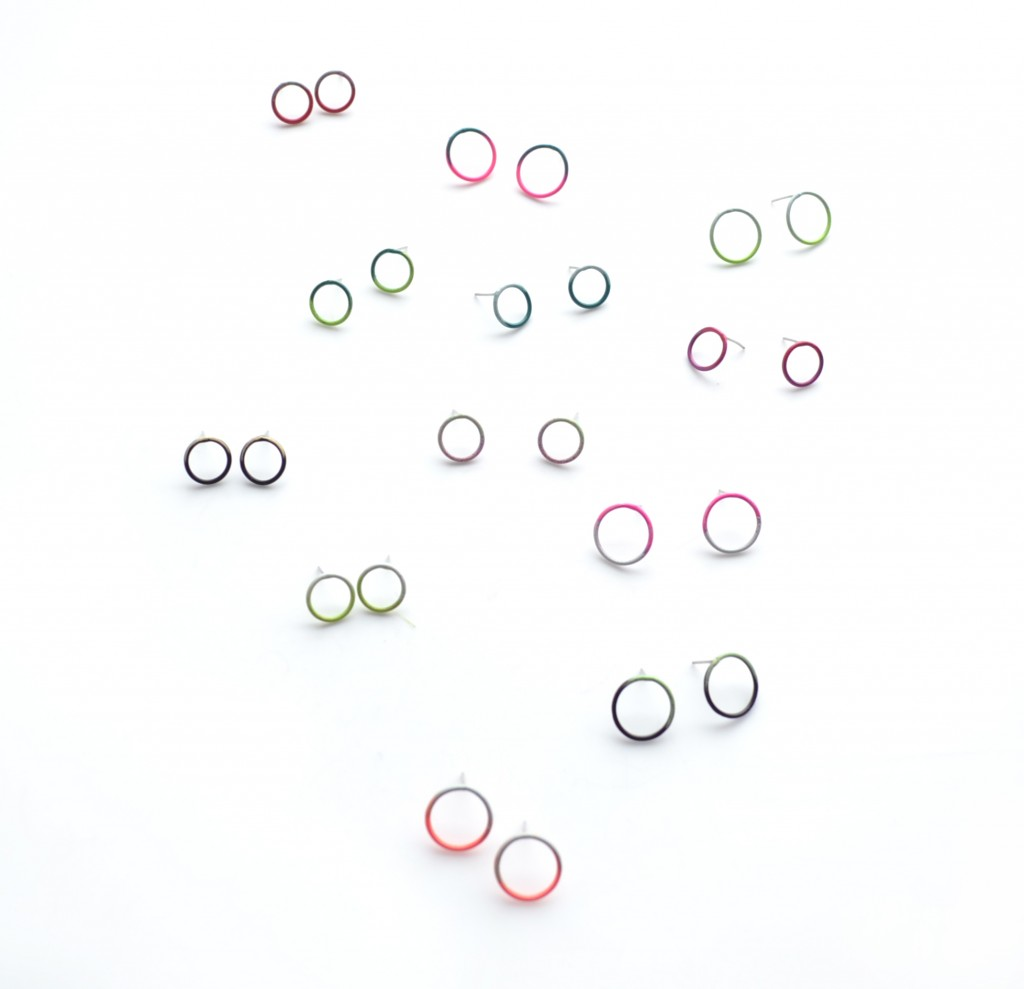 simple stud circle earrngs with hypoallergenic posts