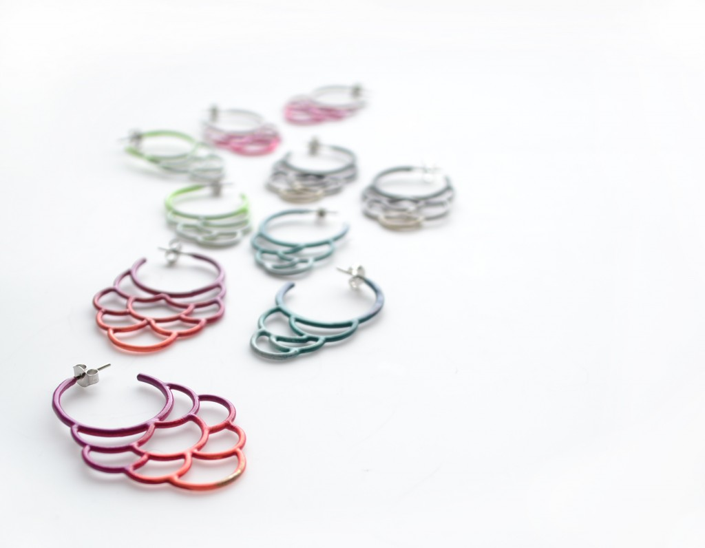 circle side hoop earrings in three colour ombre gradation powdercoat