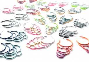 side hoop circle earrings from Studio METHOD(E)