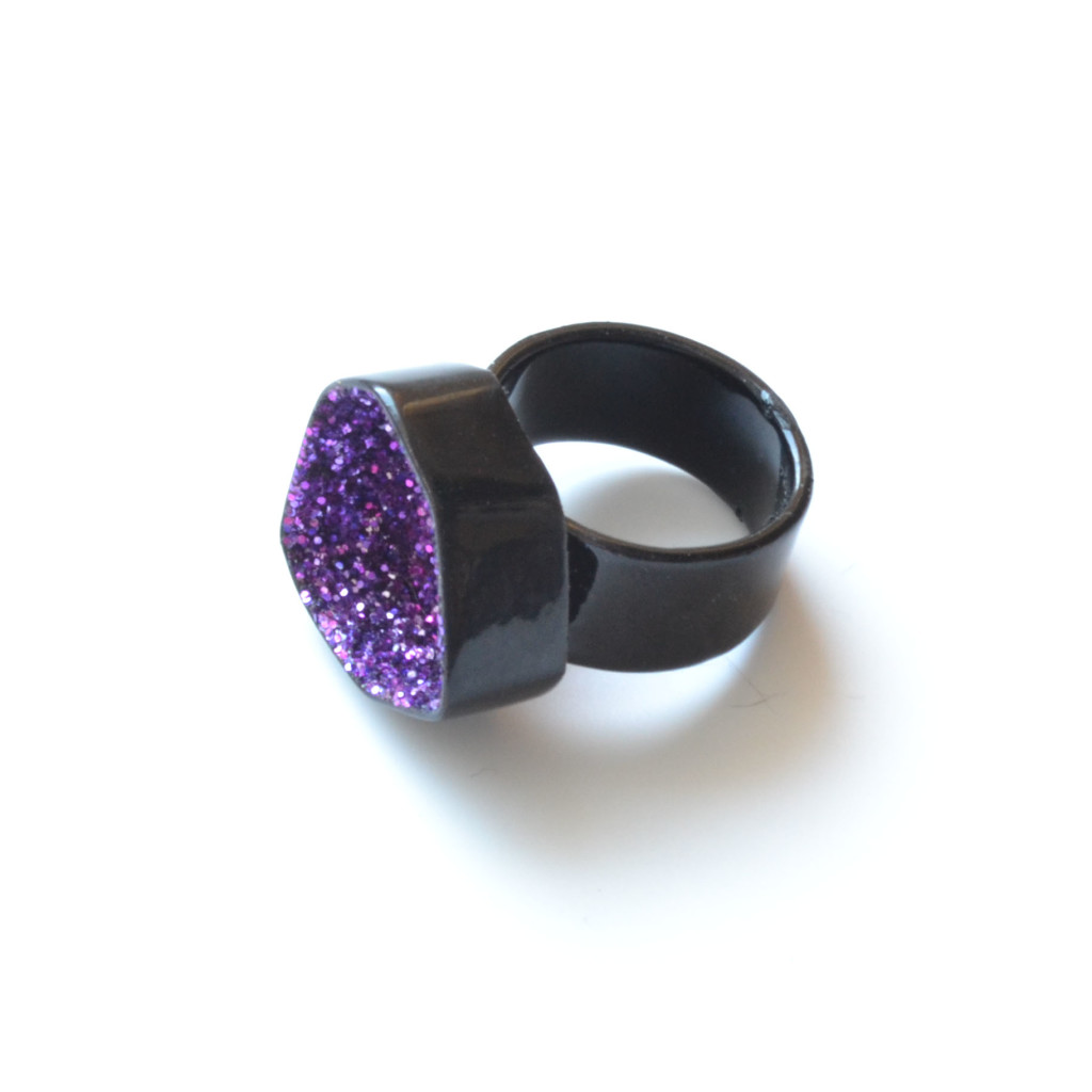 glitter geode ring in black powder coat, sparkle jewellery